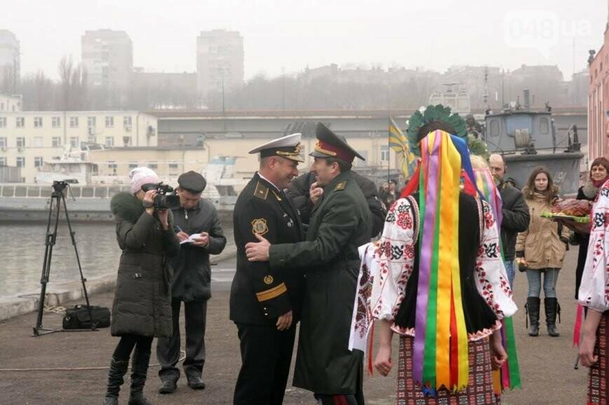 В Одесском порту пришвартовался «Гетман Сагайдачный» (ФОТО ...: http://www.048.ua/news/489764
