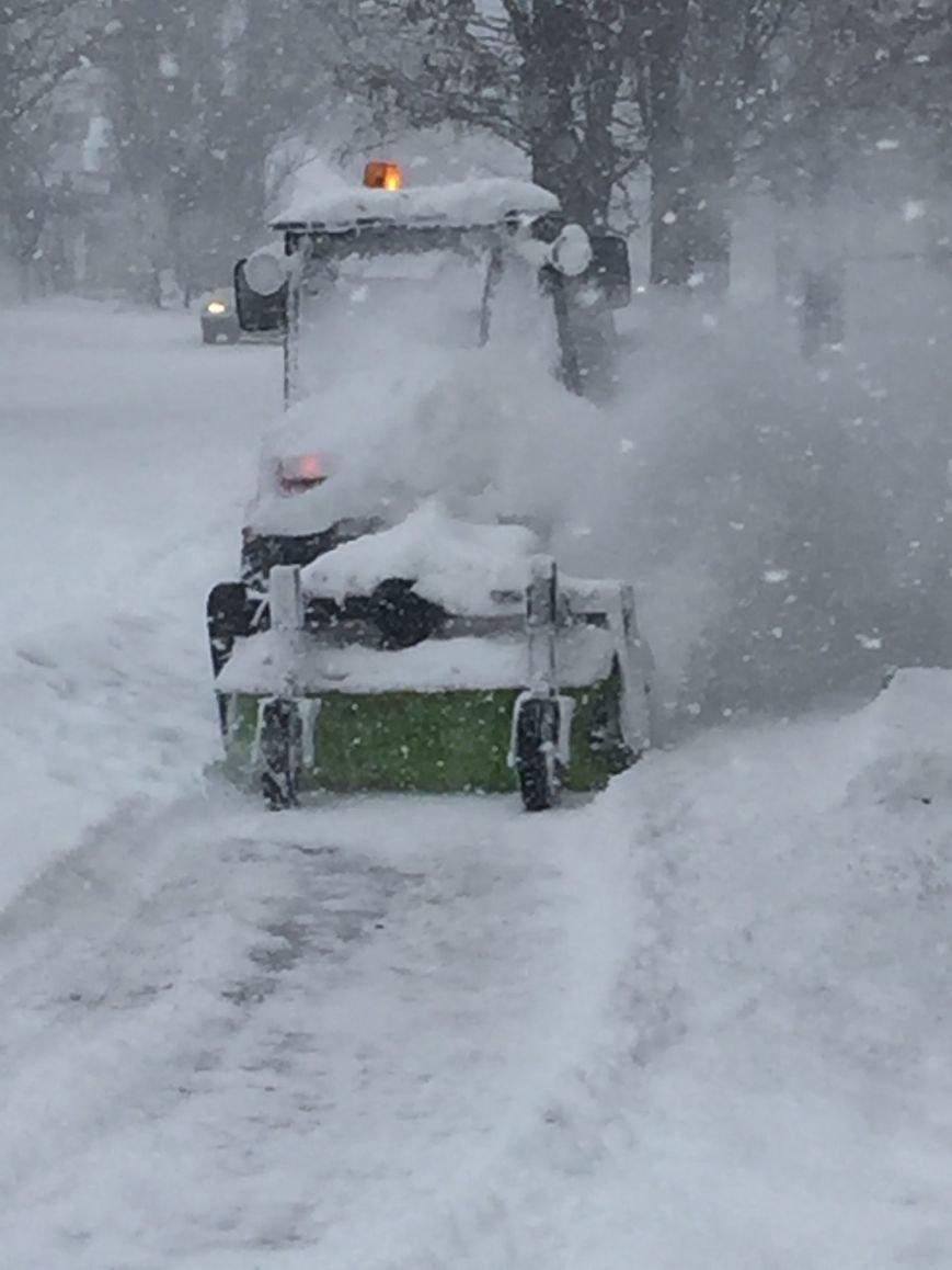 В Николаеве на уборку снега в Корабельном районе вышло 13 единиц техники (ФОТО) (фото) - фото 4