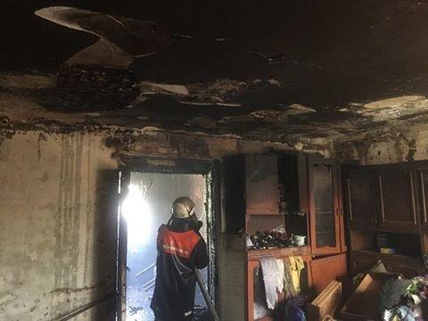 У Білій Церкві під час пожежі врятували молоду дівчину