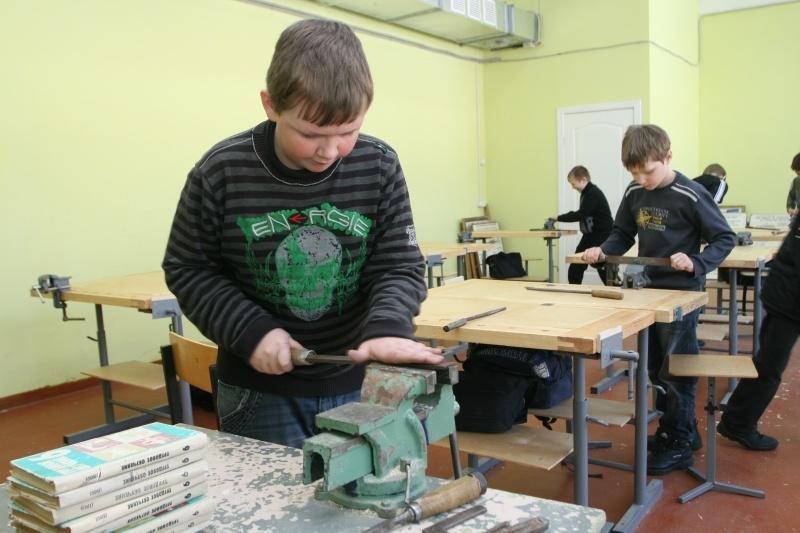 На уроках праці більше не буде поділу занять для дівчат і хлопців