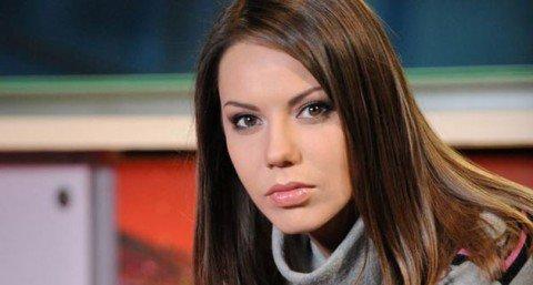 Ведущая Ольга Бондарчук