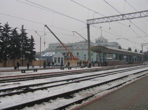 После полуночи мариупольцы смогут добраться в Донецк на электричке  (фото), фото-1