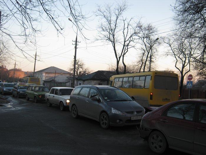 В Мариуполе Юрий Хотлубей зажег главную елку города (ФОТО), фото-24