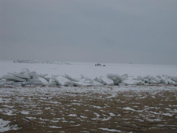 Азовское море покрылось ледяными торосами (ФОТО), фото-7