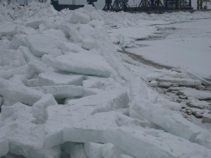 Азовское море покрылось ледяными торосами (ФОТО), фото-4