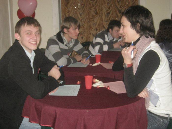 В Мариуполе начальник отдела по работе с молодежью «ушел с молотка» за 220 гривен (ФОТО) , фото-10