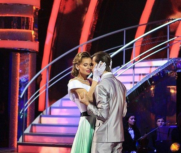 Мариуполь зажигает! Сразу два наших земляка вышли на сцену проекта «Танцы со звездами» (ФОТО+ВИДЕО), фото-5