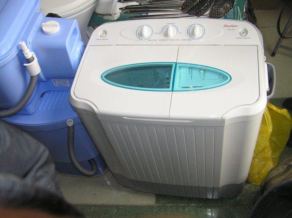 На выставке -ярмарке «Весна - Мариуполь-2011» впервые  представили отечественные  стиральные машинки, вилки и вафельницы (ФОТО), фото-6