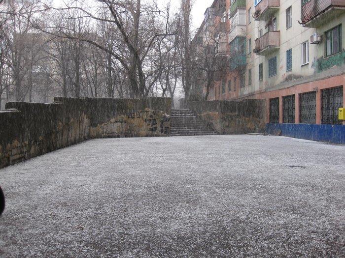 Фотофакт. На несколько минут в Мариуполь вернулась зима (ФОТО), фото-2