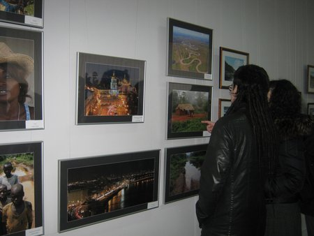 Мариупольский фотоклуб «Берег» показал Африку, горы, женские прелести и фотоаппараты (ФОТО), фото-1