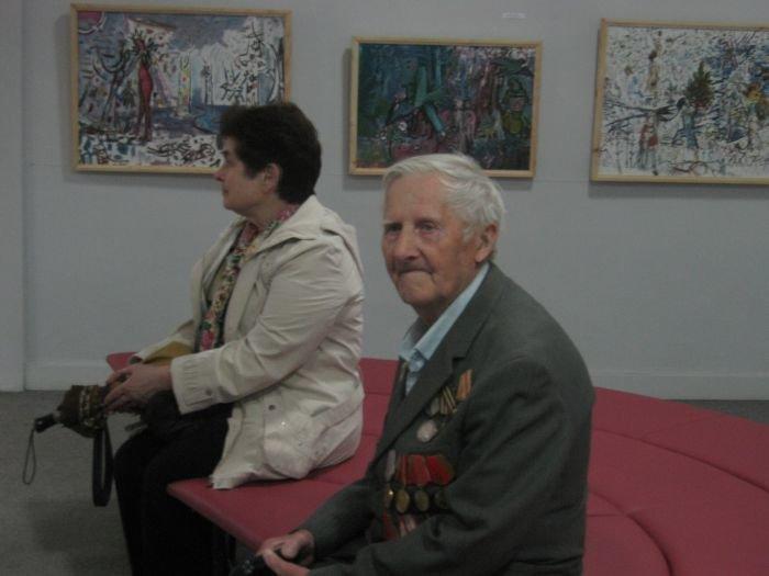 Мариупольские художники провозглашают мир, минуя тему войны (ФОТО), фото-3