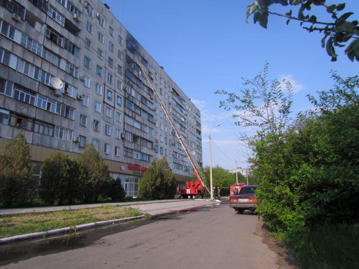 Вчера в Мариуполе курильщик подпалил свою квартиру (ФОТО), фото-3