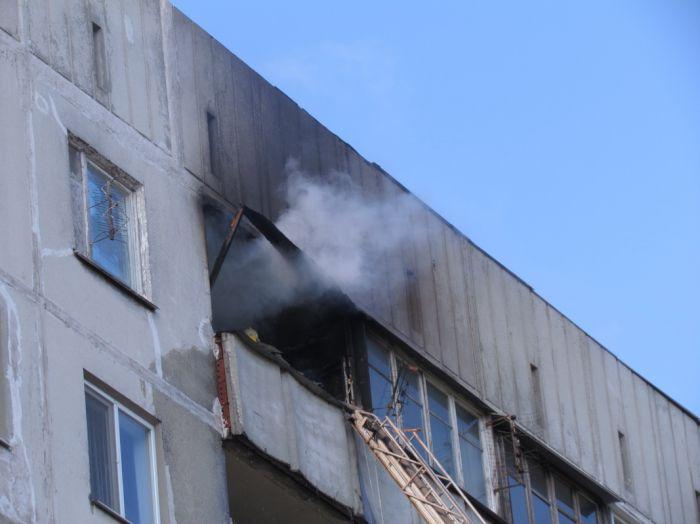 Вчера в Мариуполе курильщик подпалил свою квартиру (ФОТО), фото-4