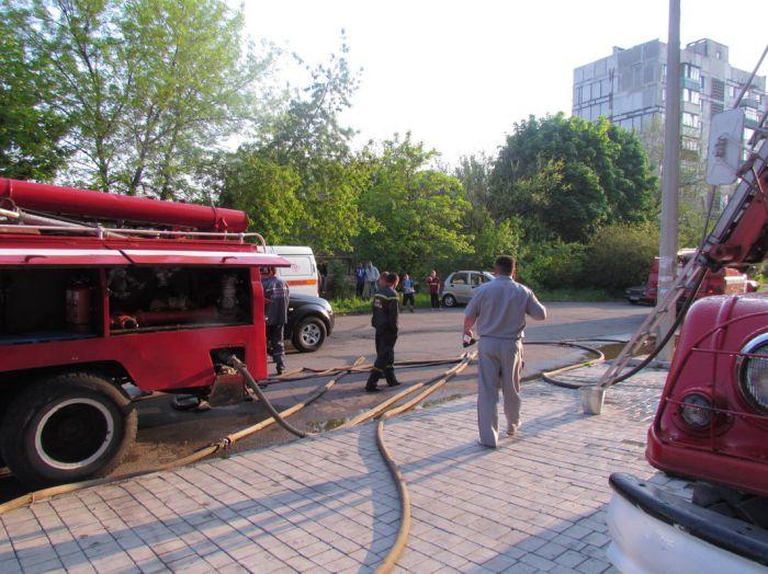 Вчера в Мариуполе курильщик подпалил свою квартиру (ФОТО), фото-12
