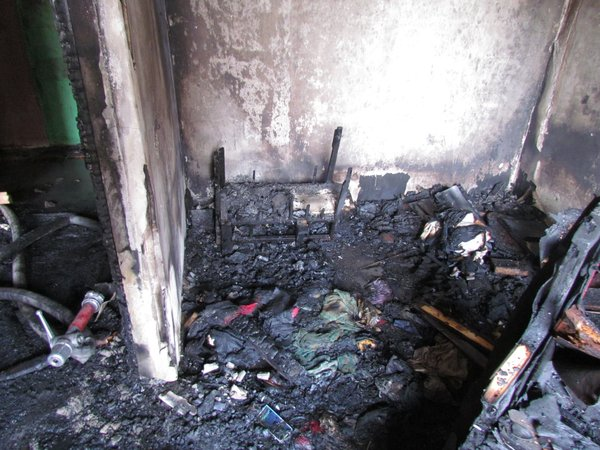 В Мариуполе горит многоэтажный дом (Добавлены ФОТО, ВИДЕО), фото-20
