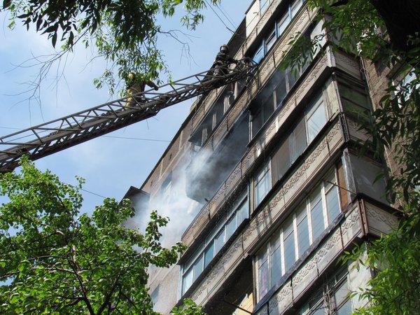 В Мариуполе горит многоэтажный дом (Добавлены ФОТО, ВИДЕО), фото-9