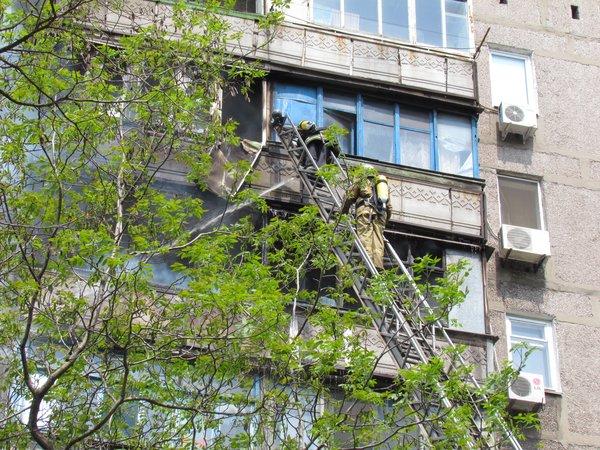 В Мариуполе горит многоэтажный дом (Добавлены ФОТО, ВИДЕО), фото-5