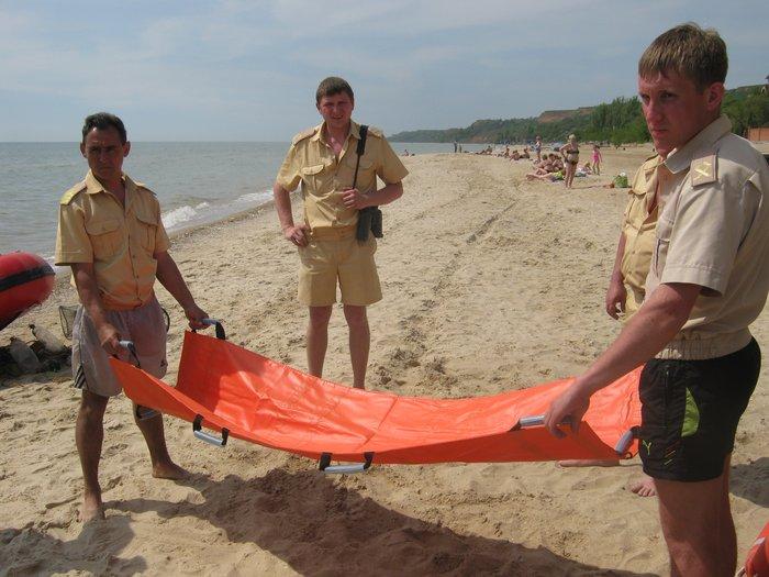 На пляжах Мариуполя спасать утопающих будут по 12 часов в день (ФОТО), фото-7