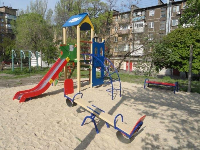 В Мариуполе появился еще один детский городок, фото-2