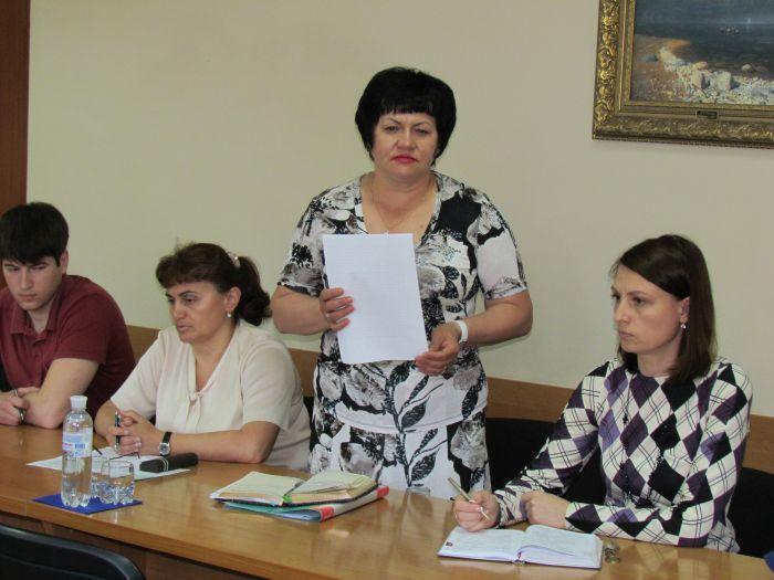 Мариупольским школьникам предложили отменить рестораны и назначить бал (ФОТО), фото-1