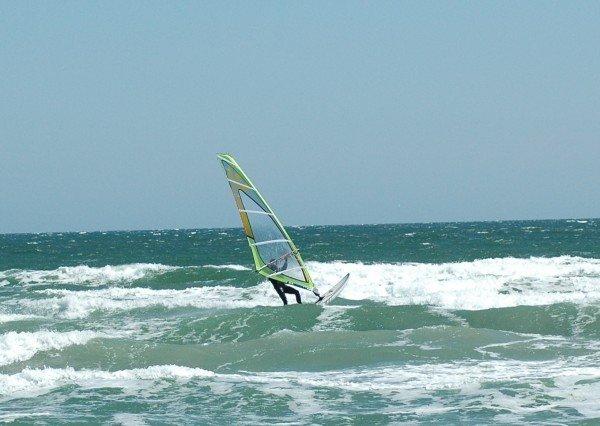 Мариупольцам предлагают прокатиться с ветерком по волнам (ФОТО), фото-2