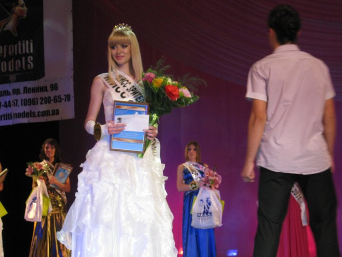«Мисс Мариуполь-2011» стала  Анжелика Саенко, которая представит Мариуполь на конкурсе Miss Donbass Open (ФОТО), фото-12