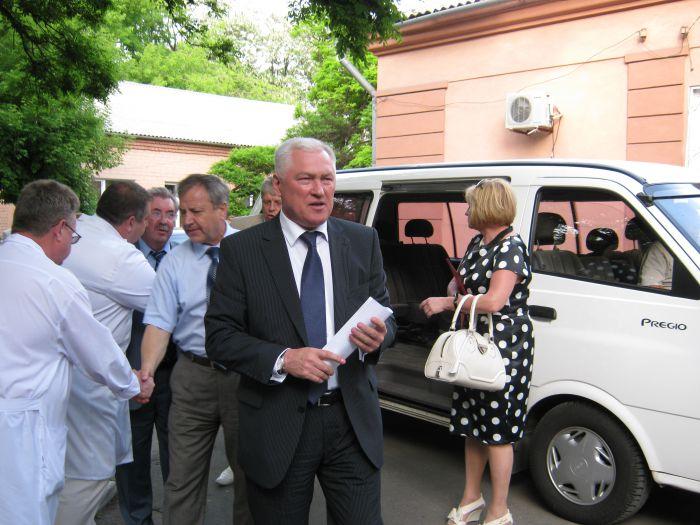 Министр здравоохранения Украины Александр Анищенко решил лично разобраться с холерой в Мариуполе (ФОТО), фото-1