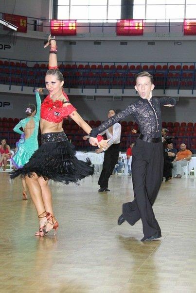 На международном танцевальном турнире в Мариуполе победили харьковчане, севастопольцы и москвичи, фото-1