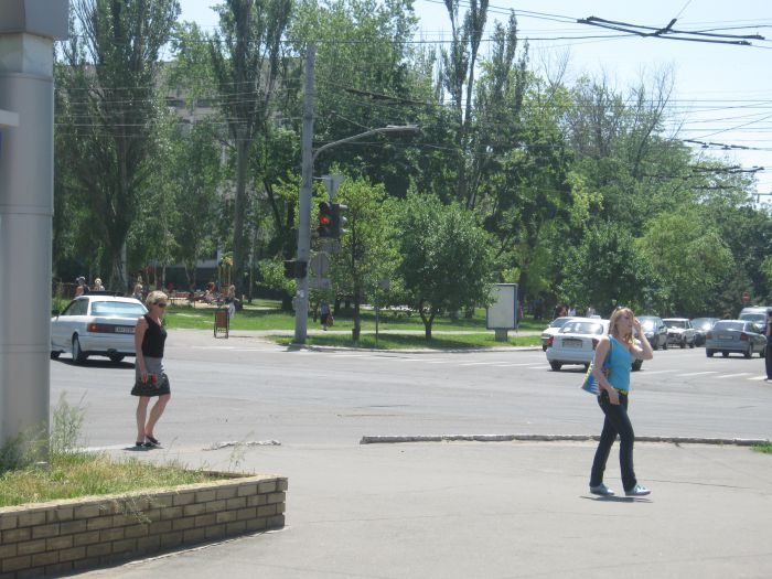В центре Мариуполя повсеместно выходят из строя светофоры (ФОТО), фото-3