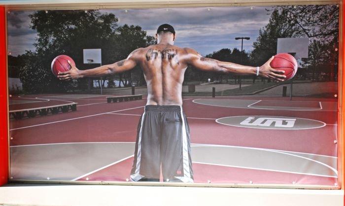 В Мариуполе  самый крупный спортивный магазин  дарит всем «молодежные» скидки (ФОТО), фото-10