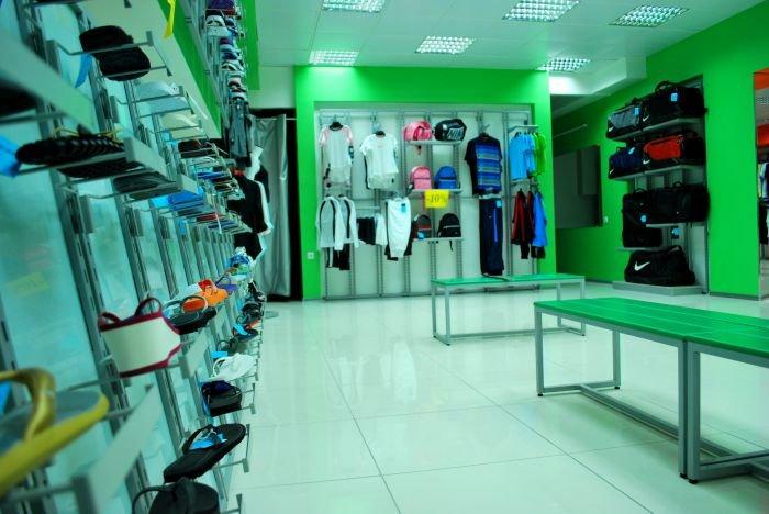 В Мариуполе  самый крупный спортивный магазин  дарит всем «молодежные» скидки (ФОТО), фото-5
