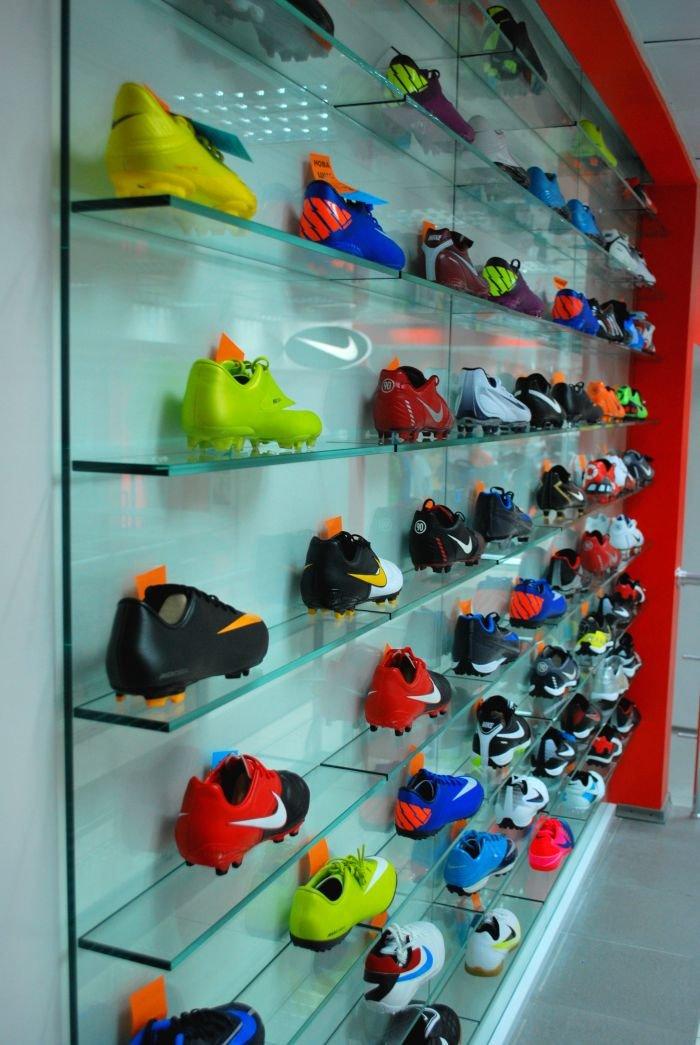 В Мариуполе  самый крупный спортивный магазин  дарит всем «молодежные» скидки (ФОТО), фото-8