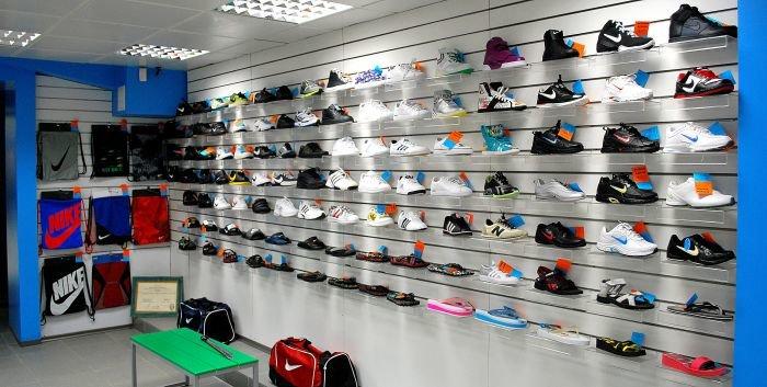 В Мариуполе  самый крупный спортивный магазин  дарит всем «молодежные» скидки (ФОТО), фото-3