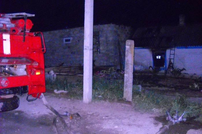 В Мариуполе во время пожара погибли трое человек, среди них  - 12-летний мальчик (ФОТО), фото-1