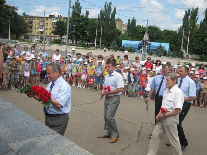В 70-ю годовщину начала Великой Отечественной войны в Мариуполе почтили память погибших (ФОТО), фото-10