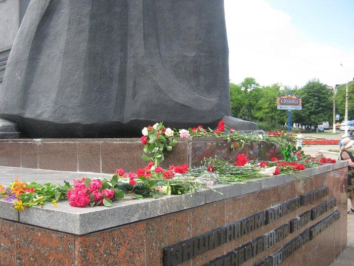 В 70-ю годовщину начала Великой Отечественной войны в Мариуполе почтили память погибших (ФОТО), фото-15