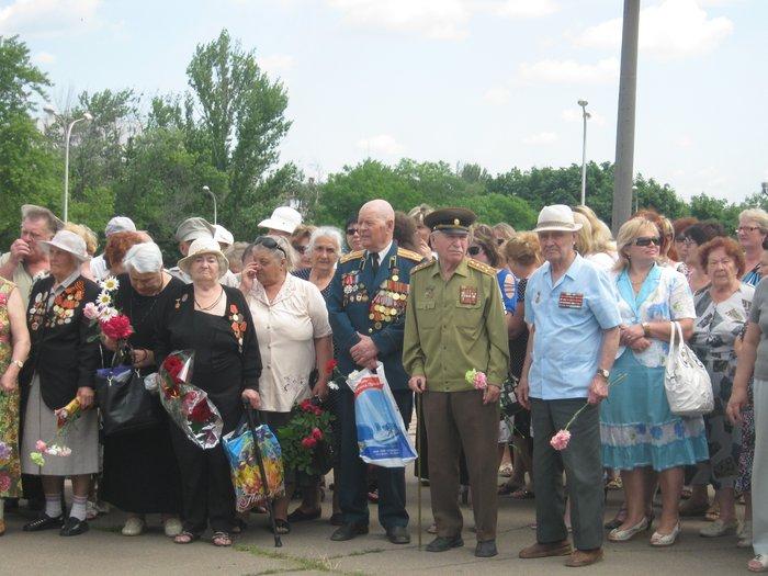 В 70-ю годовщину начала Великой Отечественной войны в Мариуполе почтили память погибших (ФОТО), фото-6