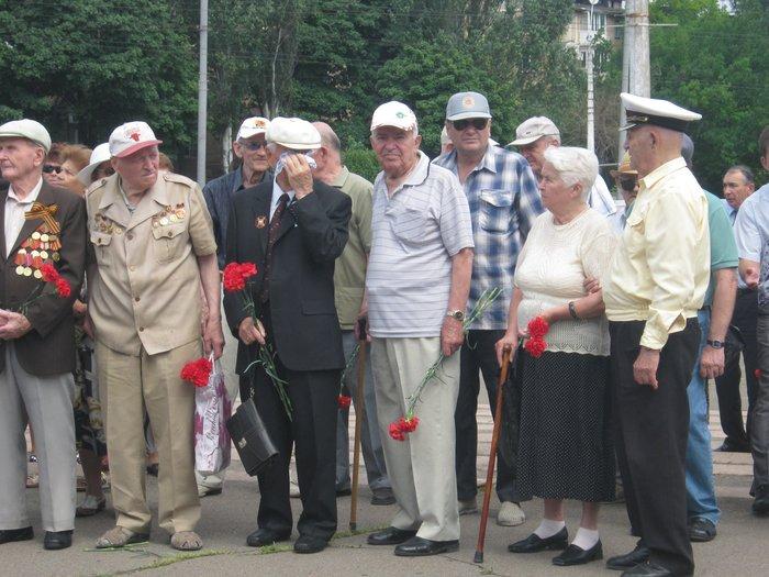 В 70-ю годовщину начала Великой Отечественной войны в Мариуполе почтили память погибших (ФОТО), фото-8
