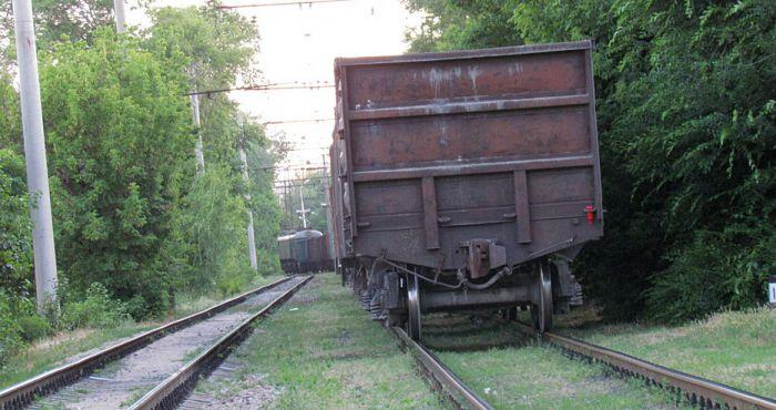 В курортной зоне Мариуполя поезд отрезал парню обе ноги (ФОТО), фото-3