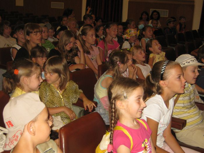 Мариупольским школьникам море заменили на мультики (ФОТО), фото-2