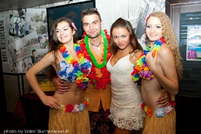 Фотоотчет с двух вечеринок нашего города: «Модное место» и КРК «Ялос» (ФОТО), фото-2