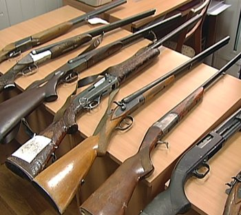 В Мариуполе стартовал добровольный месячник сдачи оружия, фото-1