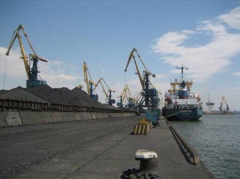 Мариупольский порт планирует до конца сентября освободиться от финансовых проблем, фото-1