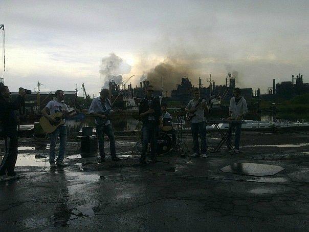 Киевская музыкальная группа «140 Д» сняла в Мариуполе клип (ФОТО+ВИДЕО), фото-3