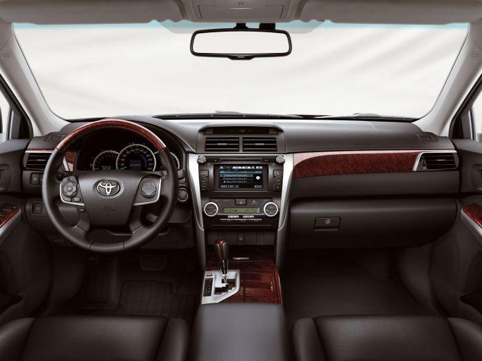 В Мариуполе состоится премьера новой Toyota Camry, фото-3