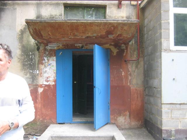 В Мариуполе  жилищники  отчитались за  147 подъездов, отремонтированных по программе 50 на 50 (ФОТО), фото-1
