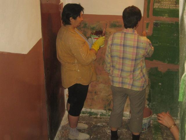 В Мариуполе  жилищники  отчитались за  147 подъездов, отремонтированных по программе 50 на 50 (ФОТО), фото-4