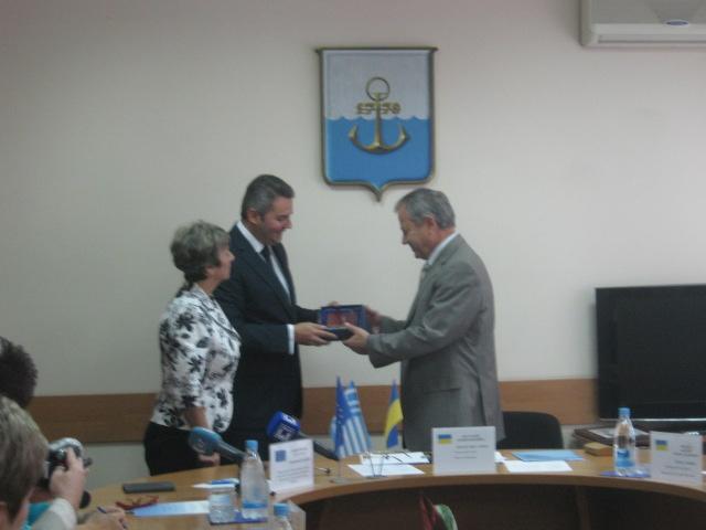 Мэру Мариуполя предложили возглавить правительство Греции (ФОТО), фото-4