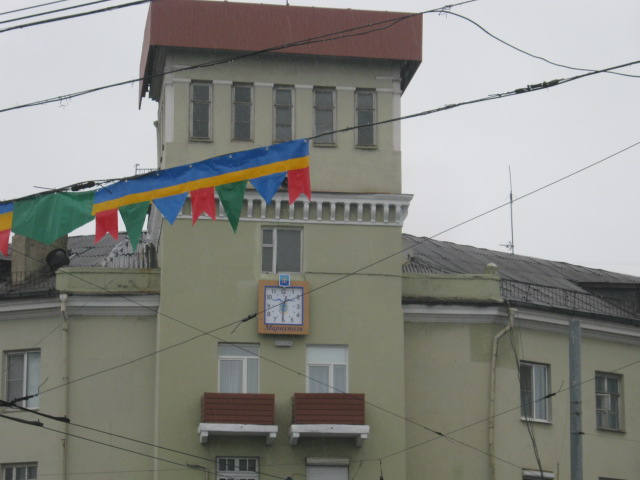 Бывшие главные городские часы Мариуполя, будучи  «на пенсии», показывают время  лицеистам (ФОТО), фото-3