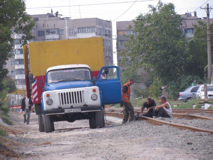 В Мариуполе ко Дню города хотят пустить первый после капремонта трамвай по бул. Шевченко (ФОТО), фото-2
